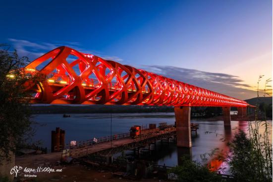 丹江口沧浪洲生态湿地步行桥夜色太美太迷人 景观照明专委会